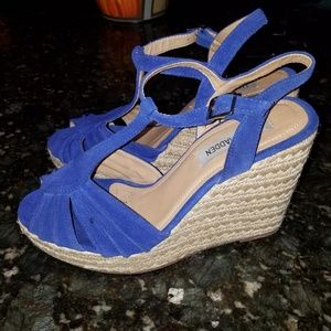 Steve Madden Shoes - Steve Madden royal blue suede wedges.